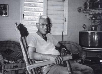 Richard Egües at home in Havana, 2000  © photo by Sue Miller